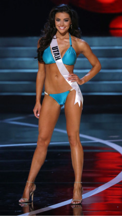 Miss Connecticut Erin Brady Green Bikini